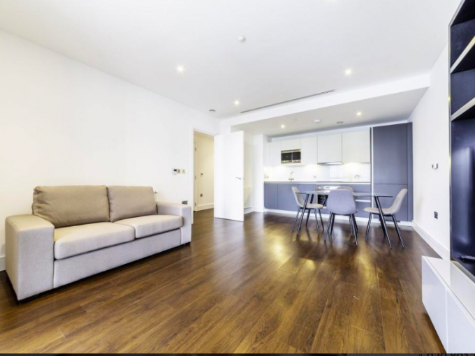 1 Bedroom Flat to rent in Maine Tower, E14