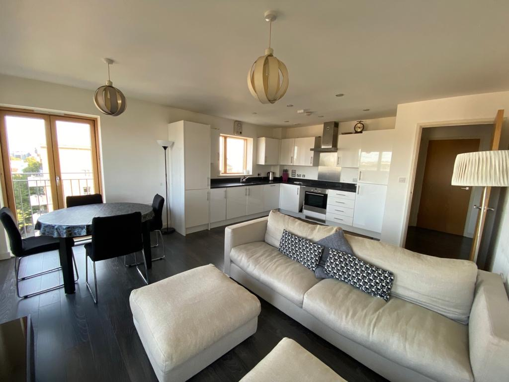 2 Bedroom Flat to Rent in New Clock Tower Place, N7 9FD